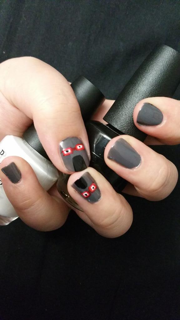 Nail Art ou l'art d'avoir de jolie ongles ( quand c'est reussi ) Cqt_c010