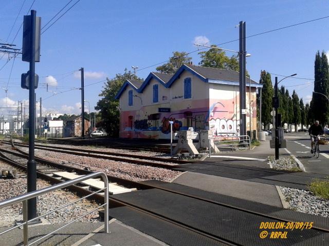 Doulon...Tram et Train Tram 1-201194