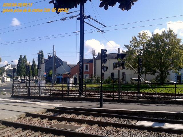 Doulon...Tram et Train Tram 1-201196