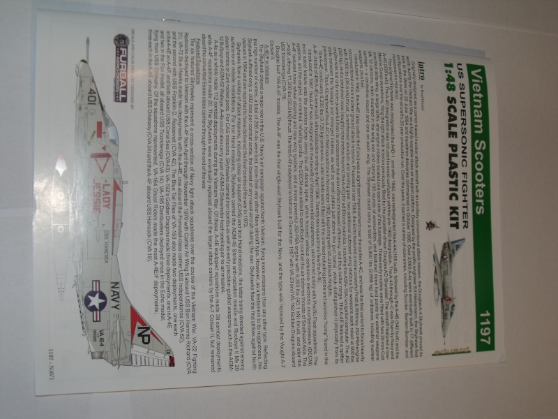 "A-4 E/F Skyhawk - Eduard ""Vietnam Scooters"" limited edition 1/48°. Dscf6232"