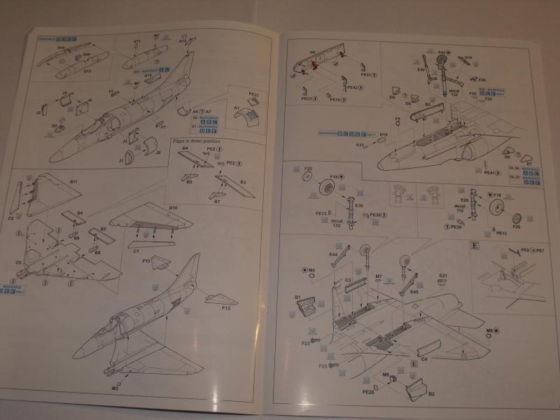 "A-4 E/F Skyhawk - Eduard ""Vietnam Scooters"" limited edition 1/48°. Dscf6233"