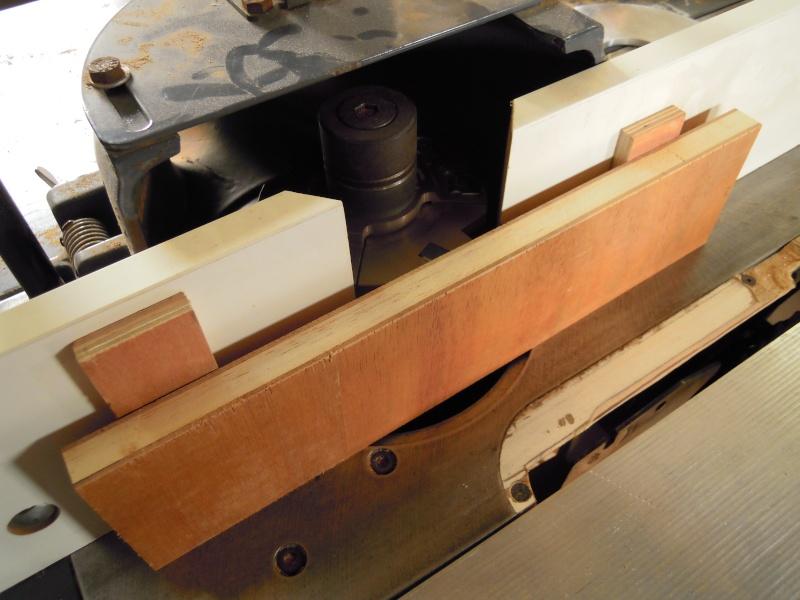 Un meuble de rangement pour l'atelier Dscn2412