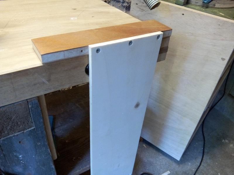 Un meuble de rangement pour l'atelier Img_2042