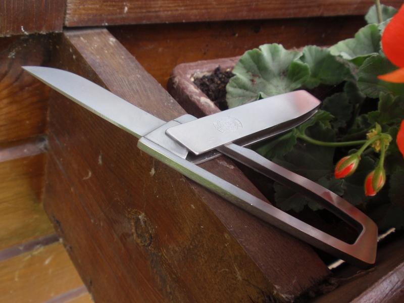La collection de Couper au couteau - Page 2 P6273415