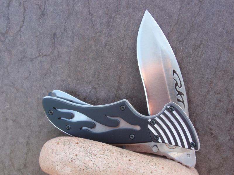 La collection de Couper au couteau - Page 2 P7043415