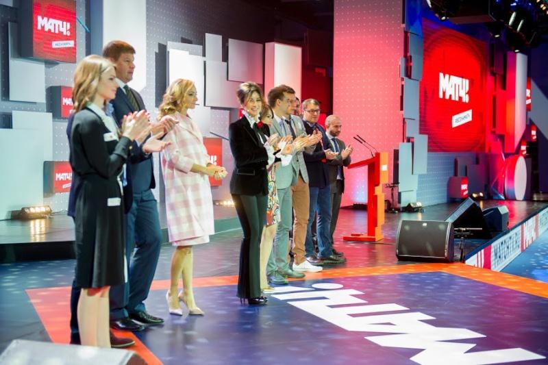 Татьяна Навка - ведущая канала Матч-ТВ - Страница 2 T3fatr10