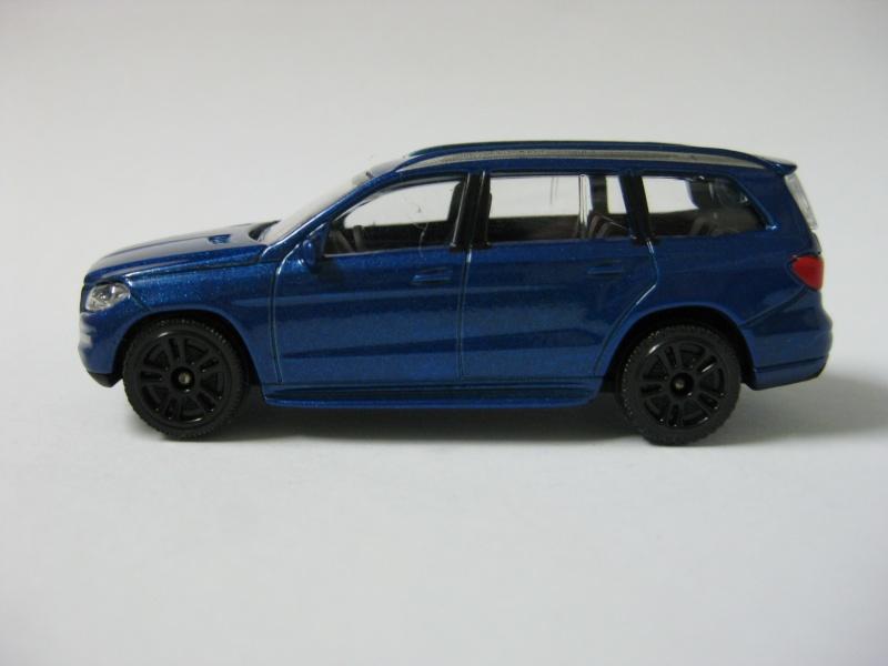 N°216 B - Mercedes Benz GL Img_0113