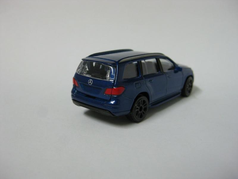 N°216 B - Mercedes Benz GL Img_0114