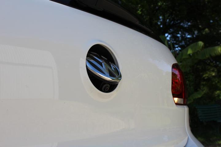 "[GTD Blanc Candy 5P DSG6 VENDU] Bi-Xénons, TO, Glastint, JA GTI ED35 18"" Titane, Caméra de recul, Park assist, Cat-back Milltek look GTI, Modèle 2011 Img_0514"