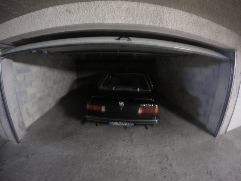 Un garage qui déborde sur la rue - Page 2 Gopr3310