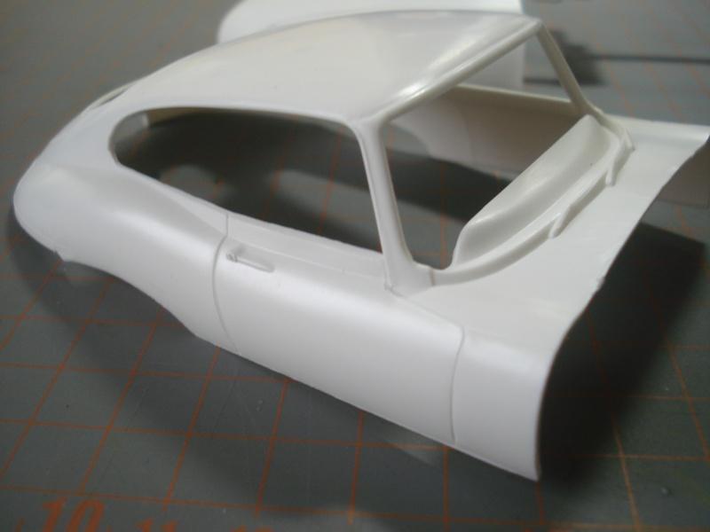 "Jaguar type E ""RACING""  (heller ) 1/24e Dsc05018"