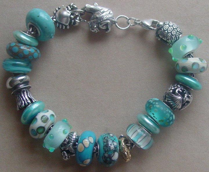 Your very first bracelet Iziisf10