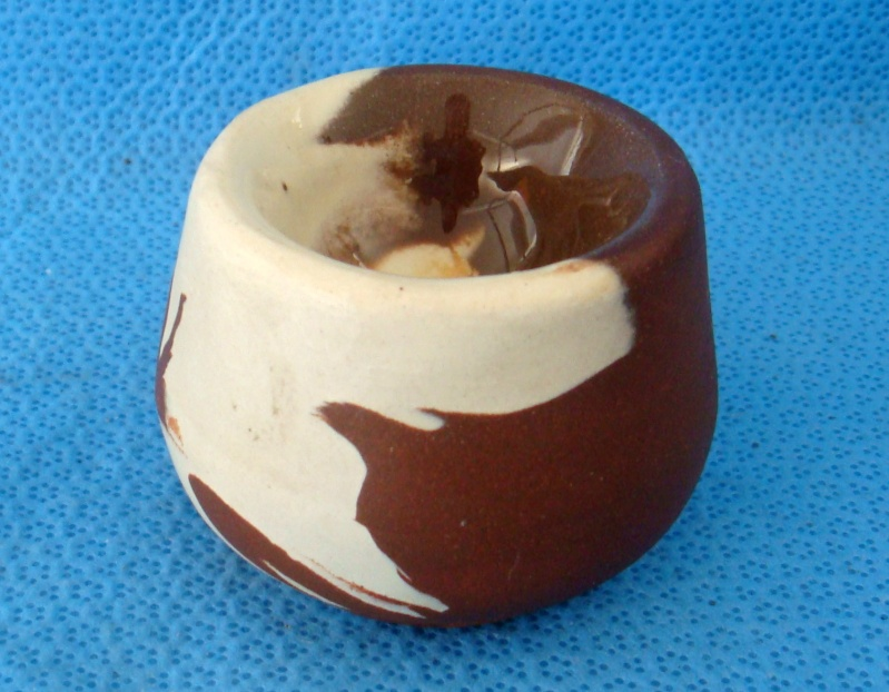 A Te rona egg cup or salt dish Dsc08312