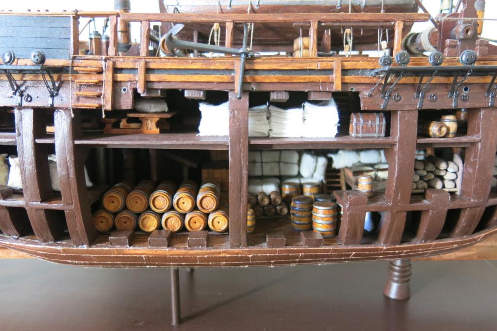 HMAV Bounty de Del prado au 1/48ème - Page 12 Img_8920