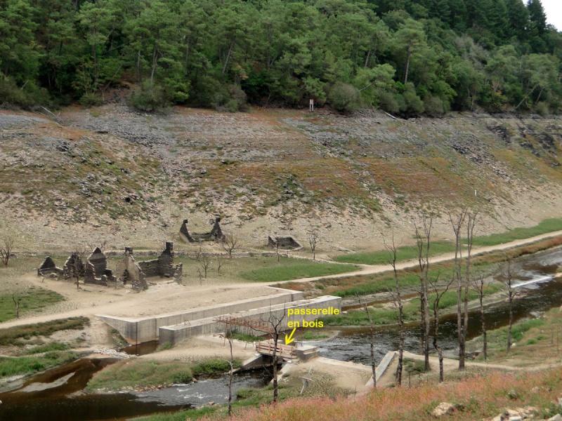 Une balade un peu particulière : l'assec du barrage de Guerlédan 3_yclu11