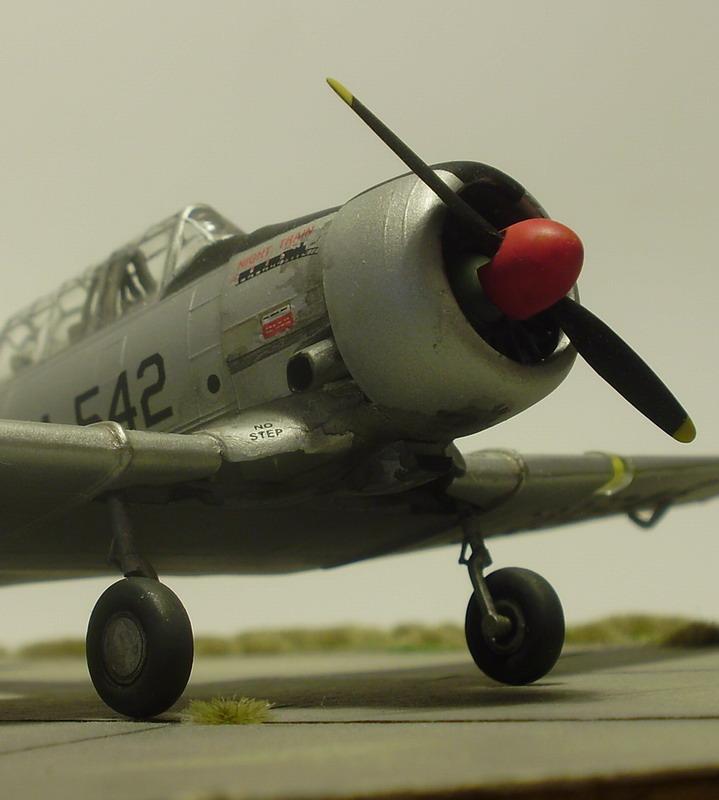 NORTH AMERICAN T-6 Texan Pa090014