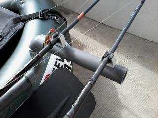 Porte canne saro sur float seven bass cobra  20151012