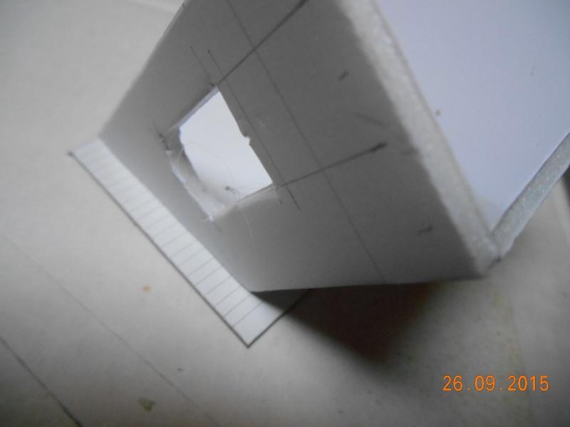 Construire un bâtiment de A à Z : une maison de garde-barrières Dscn1320