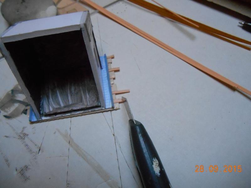 Construire un bâtiment de A à Z : une maison de garde-barrières Dscn1341