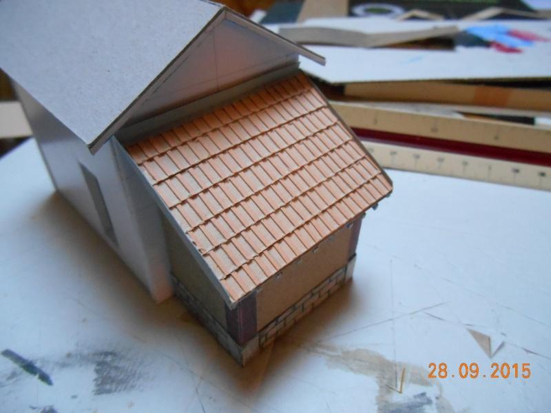 Construire un bâtiment de A à Z : une maison de garde-barrières Dscn1343