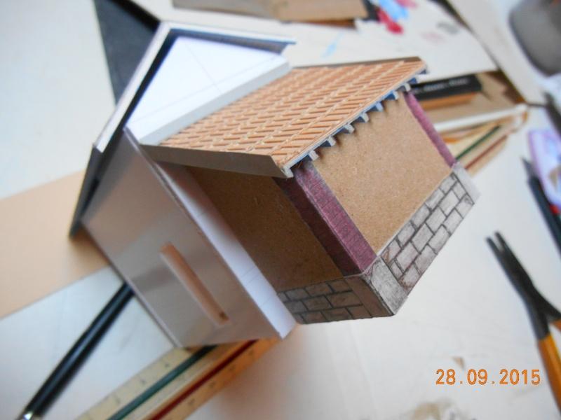Construire un bâtiment de A à Z : une maison de garde-barrières Dscn1344