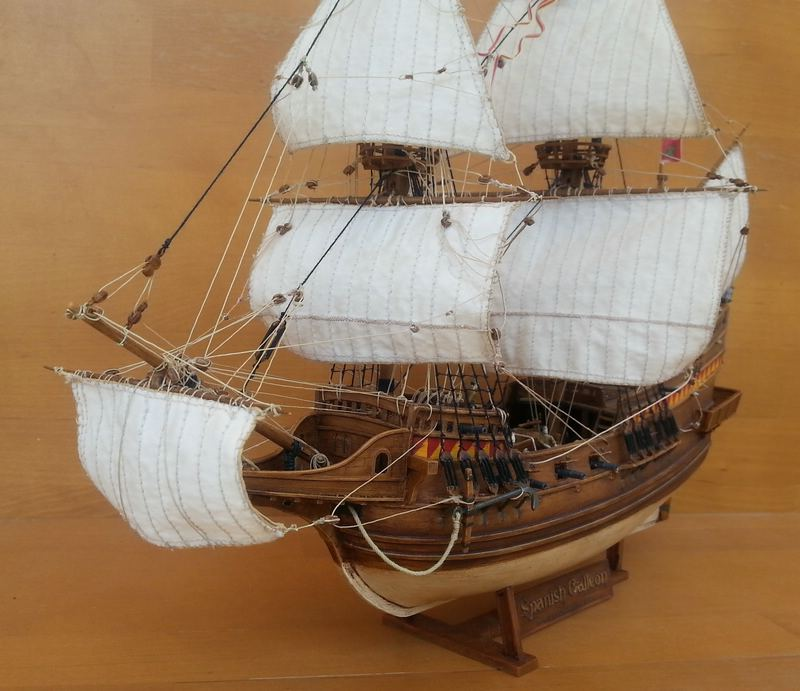Spanish Galeon, Warship of the Spanish Armarda, Revell Comp_213
