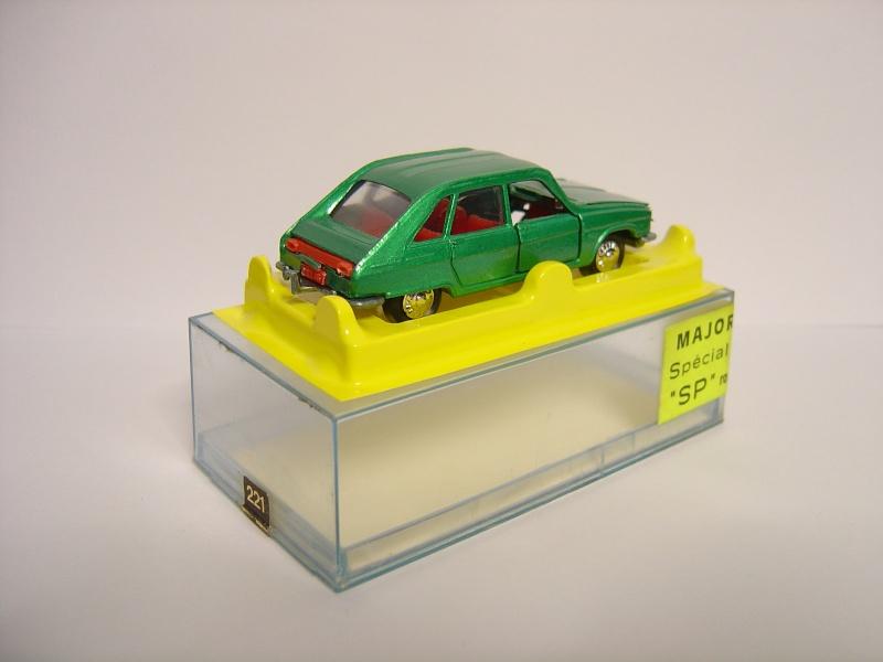 N°221 Renault 16 - Page 2 Majore11