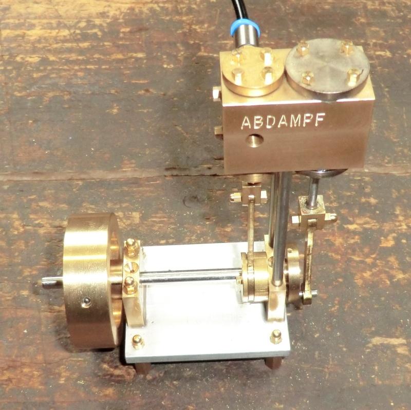 TE 04 Einzylinder Dampfmaschine Rundschiebergesteuert. - Seite 2 89_mon10