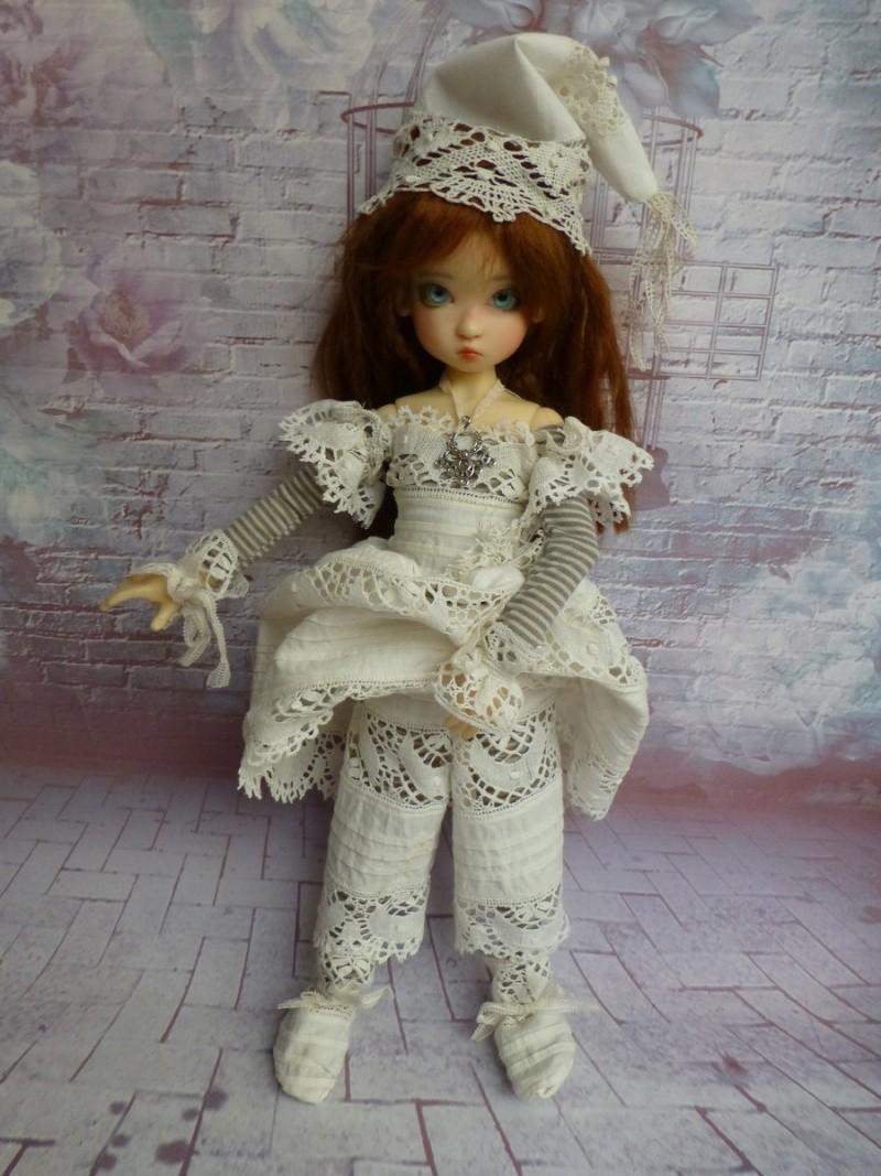 poupées de Kaye Wiggs - les tenues - by marianna - - Page 39 P1120015