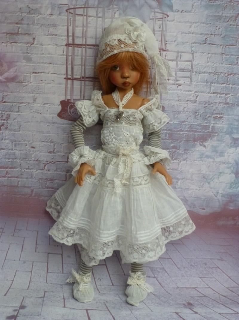 poupées de Kaye Wiggs - les tenues - by marianna - - Page 39 P1120112