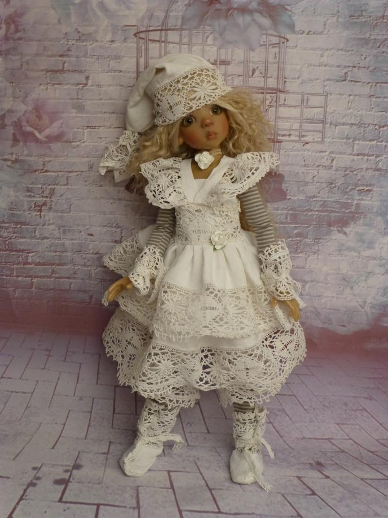 poupées de Kaye Wiggs - les tenues - by marianna - - Page 39 P1120115