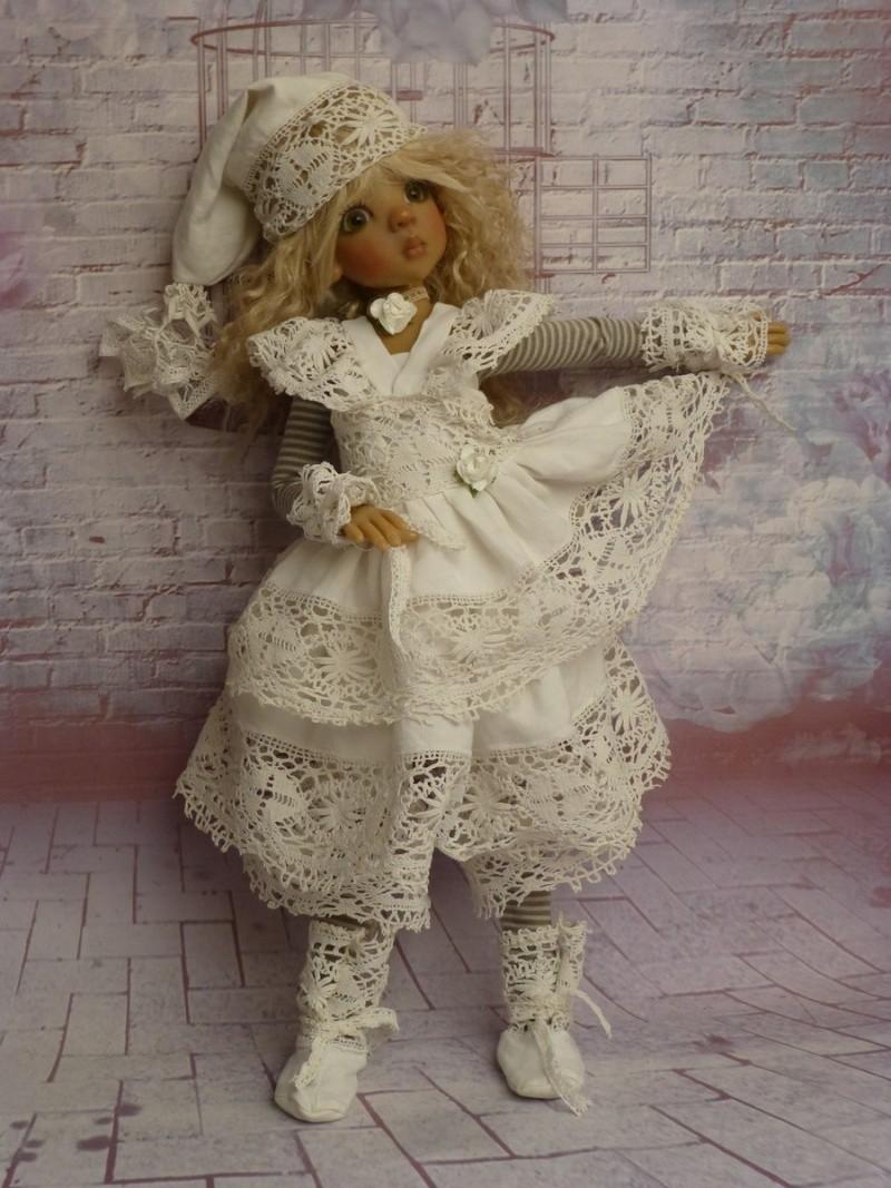 poupées de Kaye Wiggs - les tenues - by marianna - - Page 39 P1120116