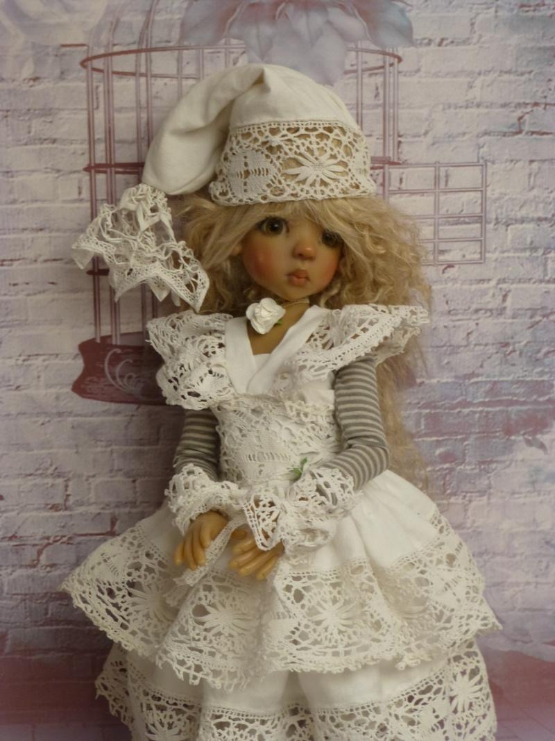 poupées de Kaye Wiggs - les tenues - by marianna - - Page 39 P1120214