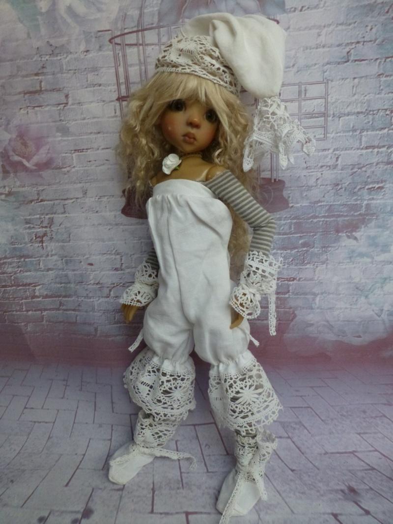 poupées de Kaye Wiggs - les tenues - by marianna - - Page 39 P1120215