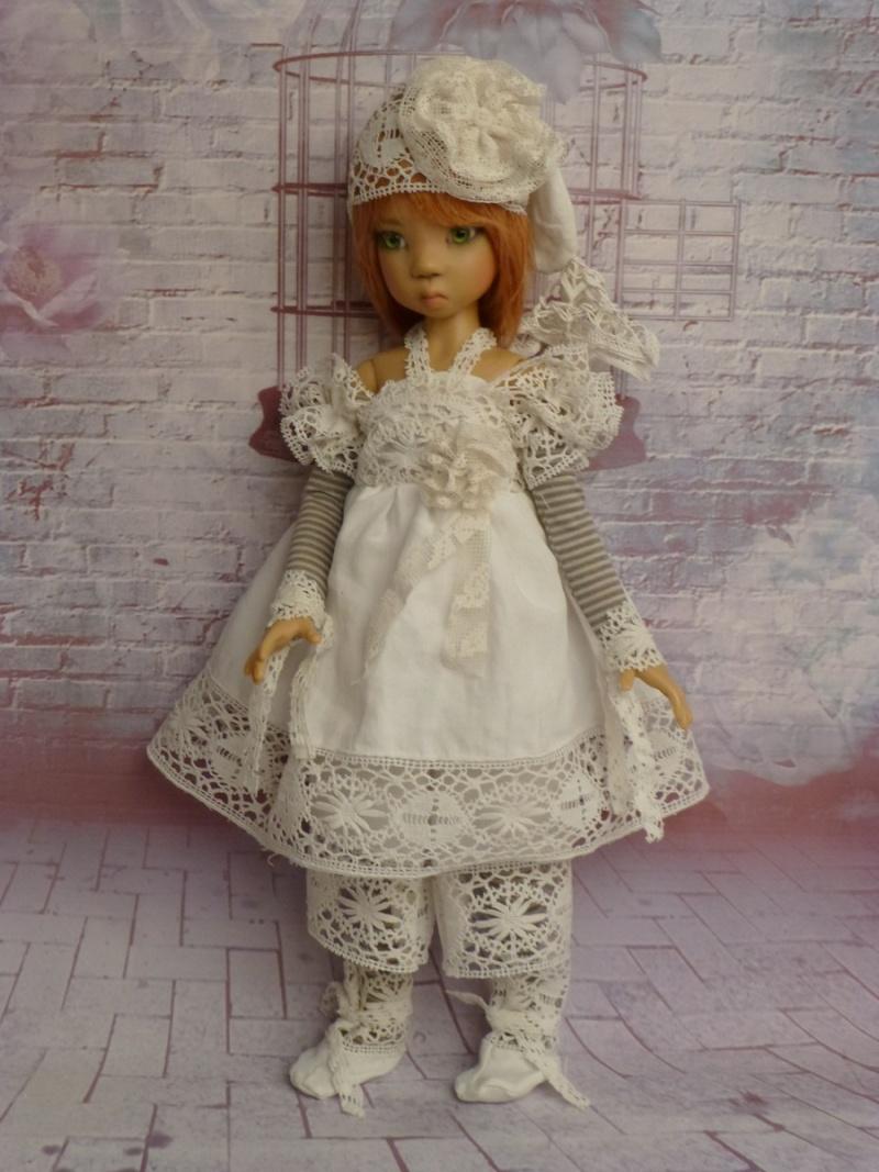 poupées de Kaye Wiggs - les tenues - by marianna - - Page 39 P1120217