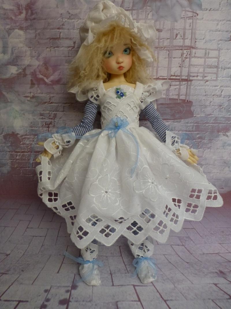 poupées de Kaye Wiggs - les tenues - by marianna - - Page 40 P1120811