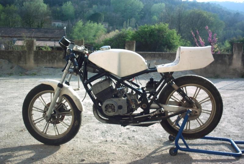 [Oldies] Recherche info sur cette 125 Motobecane Pict0011