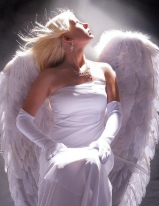 L'Ange................ 0da92910