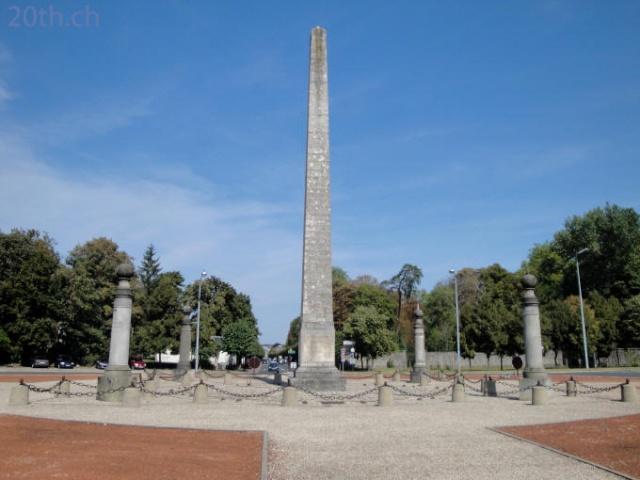 Maquette d'un monument dédié à Louis XVI Font10