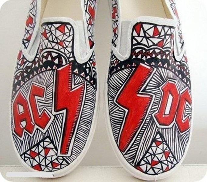 Converse shoes 1511