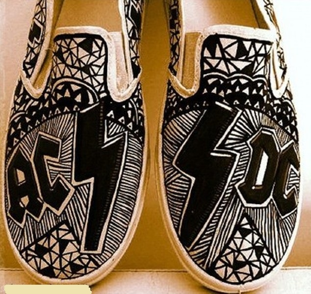Converse shoes 1611