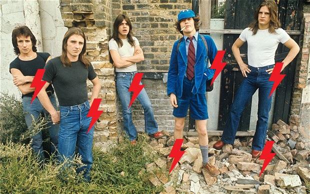 1976 / 08 / 05 - UK, London, ? ? ? 2011