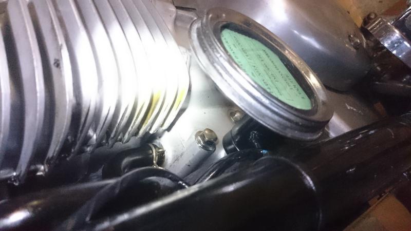 SUMO - Fuite d'huile sur le 1er cylindre Dsc_0411