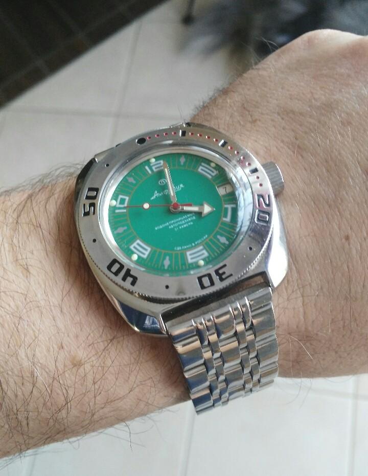 Qualité des bracelets metal sur Amphibian 2015-121