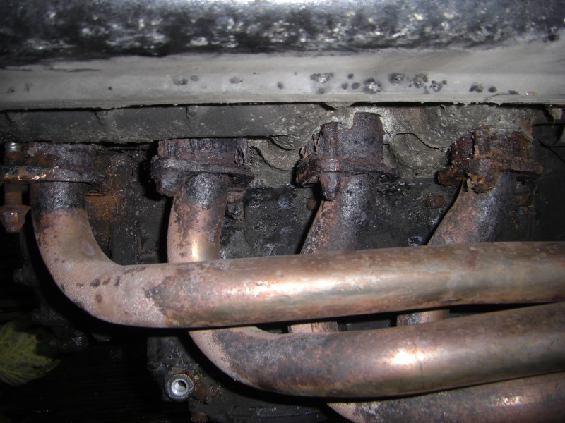 More sticky exhausts! NEVER AGAIN!! Cimg3012