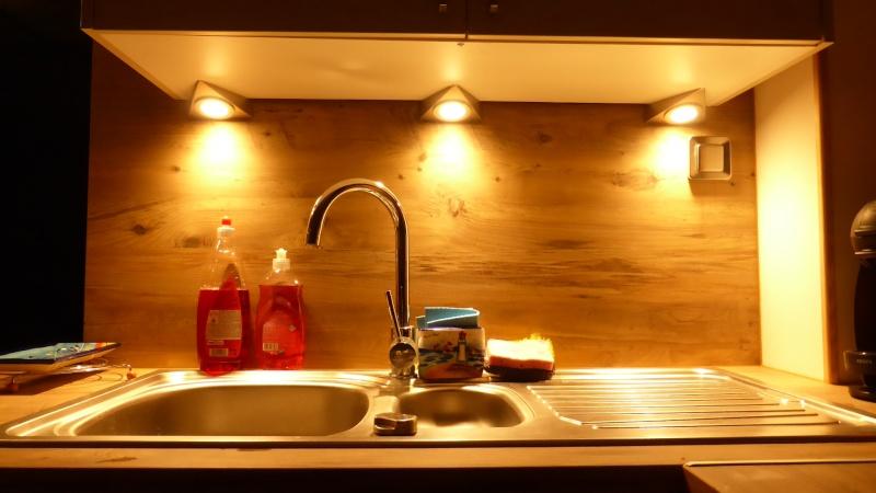 Créer sa cuisine dans la maison.... P1060816