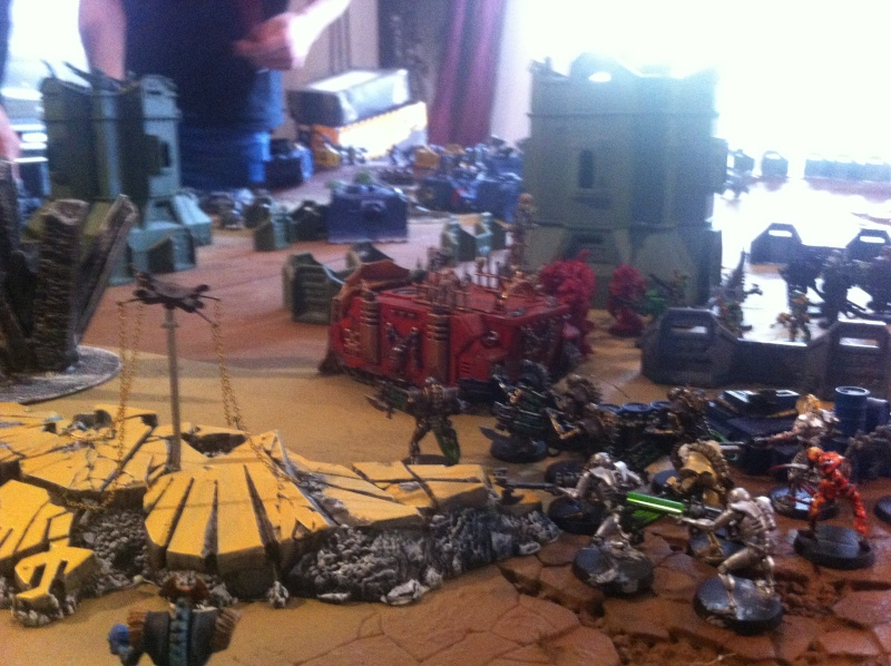 [ Bataille 8000 points ] - World Eaters & Nécrons VS Dark Angels & Rogal's Fists 1_210