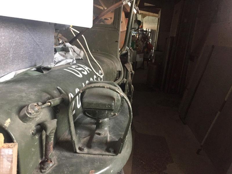 Futur rénovation dune jeep M201 15246311