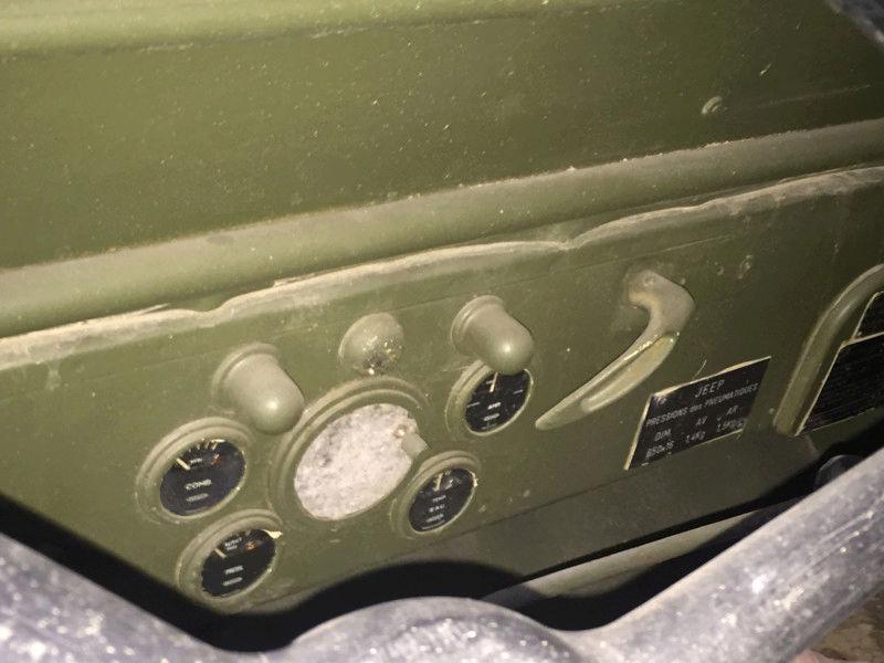 Futur rénovation dune jeep M201 15246312