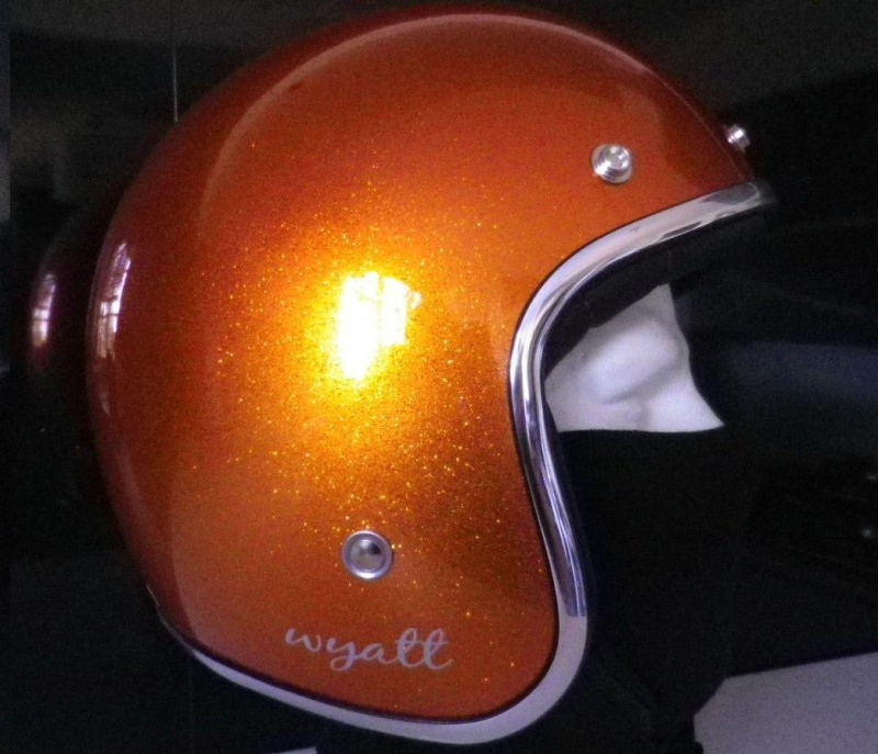 Mon Street  amber whiskey - Page 4 Casque10